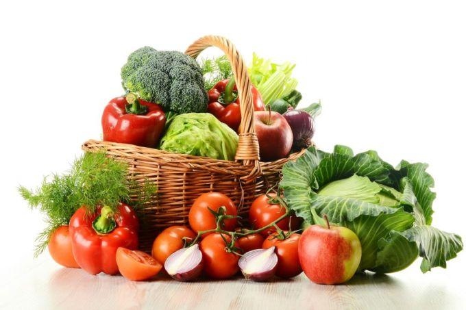 Полезная еда - овощи и фрукты