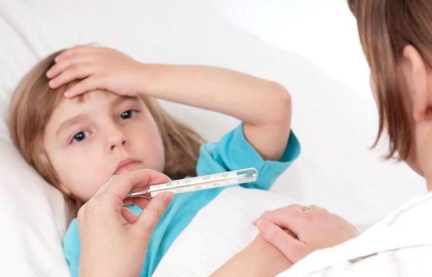 Сколько держится температура при вирусном конъюнктивите