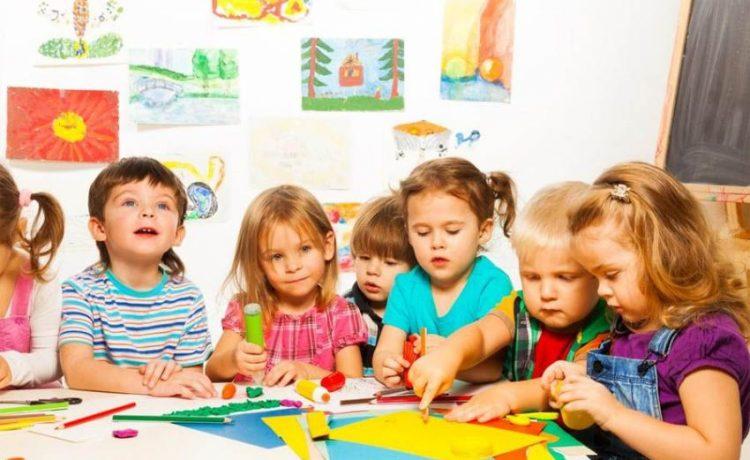 Заразен ли отит у детей?