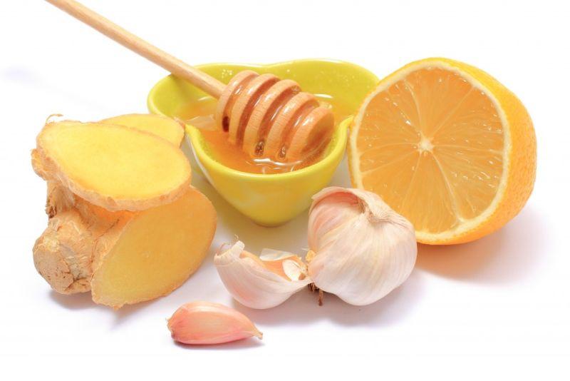 Лимон, имбирем и чесноком в меде
